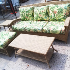 4 Piece Outdoor Wicker Seating Group Sunbrella Fabric