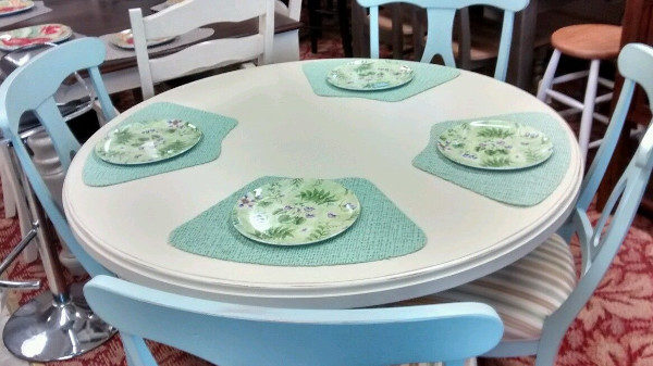 """Canadel Island Harbor Solid Birch 48"""" Round Table and 4 Chairs"""